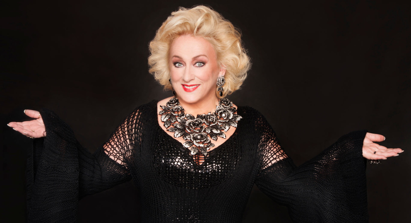Karin Bloemen earned a  million dollar salary, leaving the net worth at 3.4 million in 2017